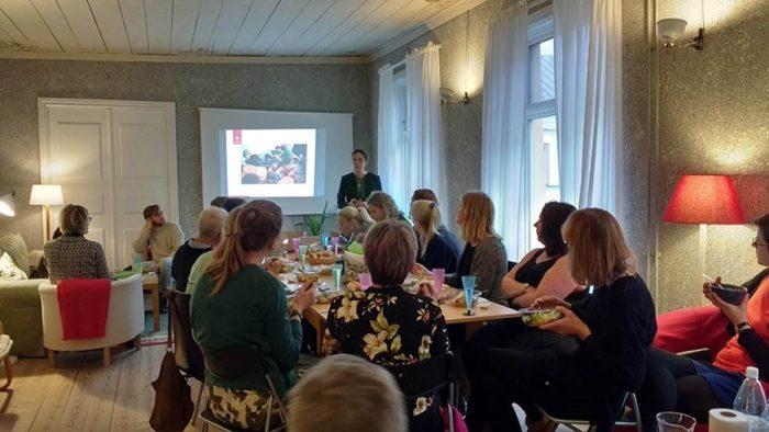 Anna Sarkadi vid seminarium för barnrättspriset 2017.